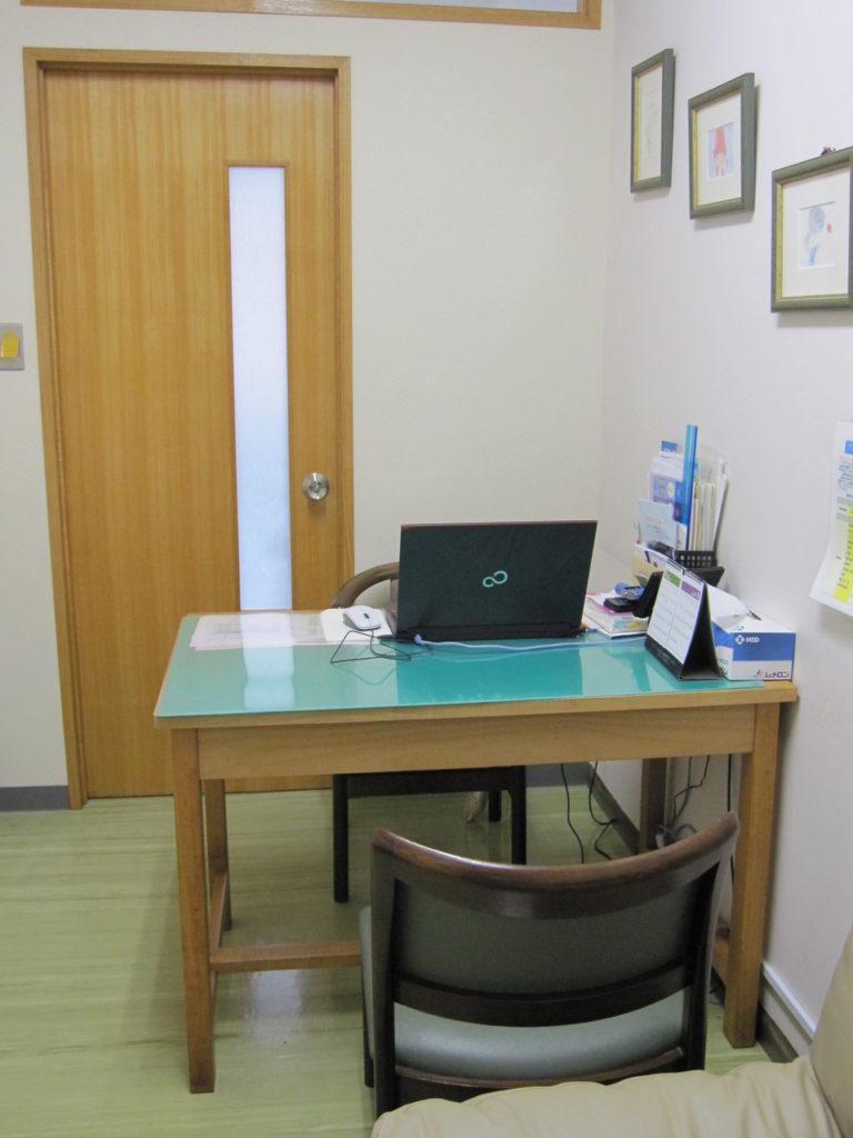 菊池整形外科医院の診察室